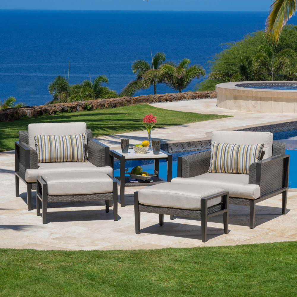 Vistano™ 5pc Club Chair and Side Table Set